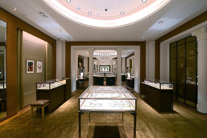 Cartier Capucine