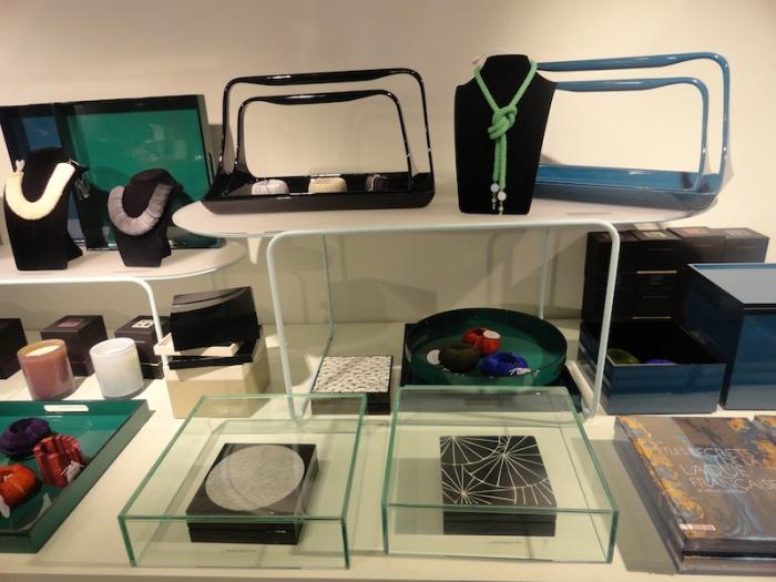 Coffrets à bijoux en laque - 490€ / Plateau à anses en laque - 89€ (petit modèle) - 125€ (grand modèle)