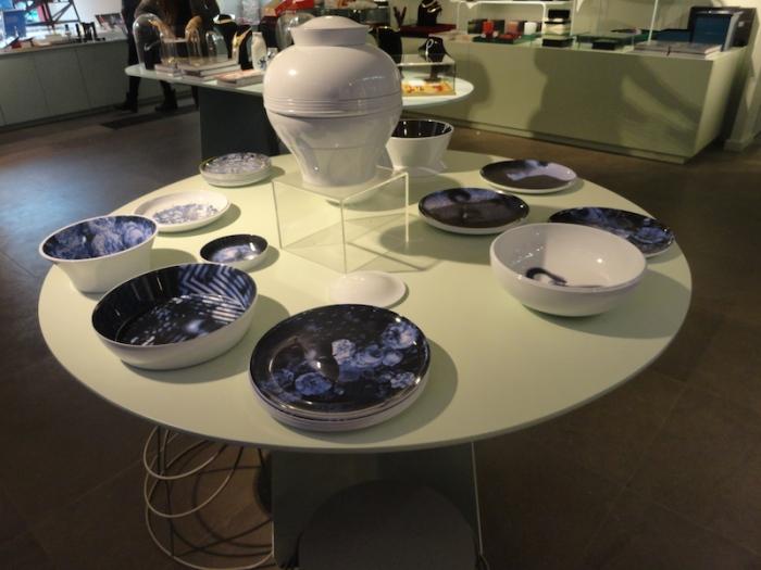 set d'objets d'art de la table formant un vase - 98€