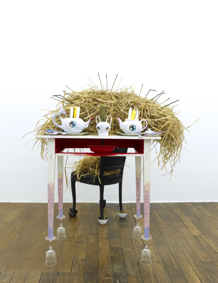 Vidya Gastaldon. Let it god (Santa table) – 2013. Dimensions variables. © Vidya Gastaldon. Courtesy : Vidya Gastaldon & Art :Concept, Paris. Photo : Fabrice Gousset.