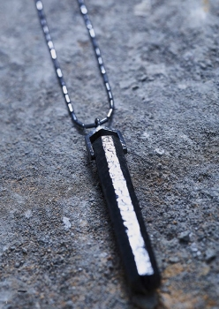 Jojoba Stick Long Necklace