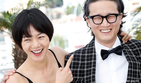 (Un Certain Regard) Bae Doo-na and Song Sae-Byuk - 20/05 | DOHEE-YA (A girl at my door)