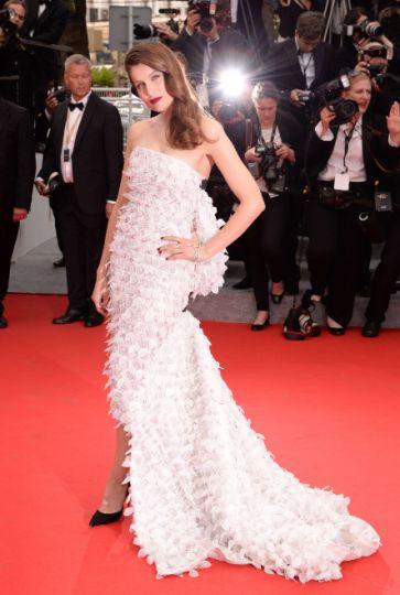 """Cannes 2014 - La montée des marches de """"Grace de Monaco"""" Laetitia Casta, côté pile. Photo : SIPA"""