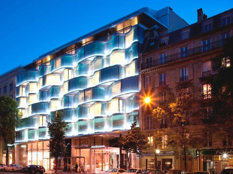 l-hotel-renaissance-paris-arc-de-triomphe