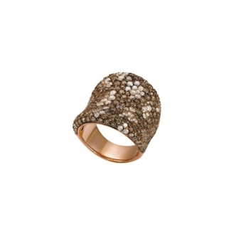 Bague or rose 18 carats sertie de : 1,90 carats de diamants blancs 4 carats de diamants bruns 7 250,00 €