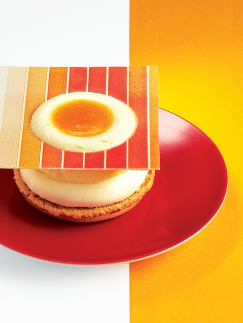 'Mac à rond' bayadère à l'abricot et passion